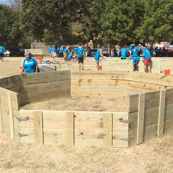 Gaga Pit Complete - Front